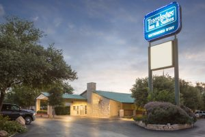 Travelodge Airport Inn & Suites San Antonio Airport